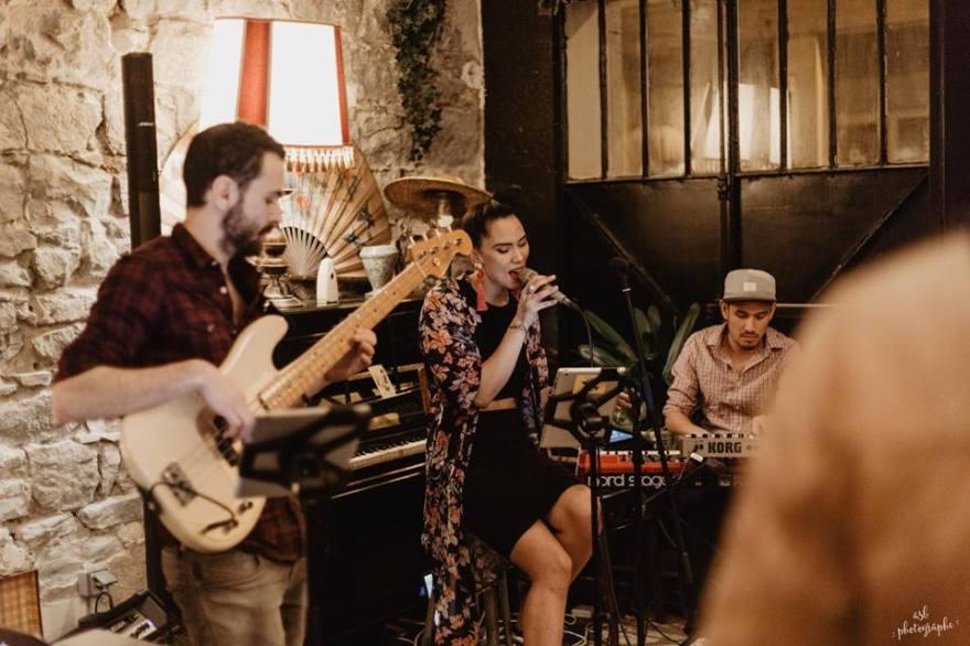thais trio sofffa